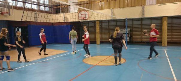 Zajęciach rekreacyjno-sportowe w III LO