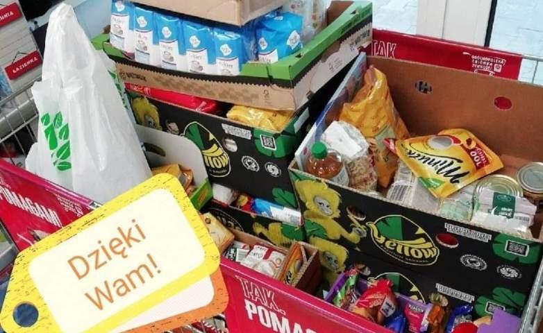 Zbiórka żywności z Caritas